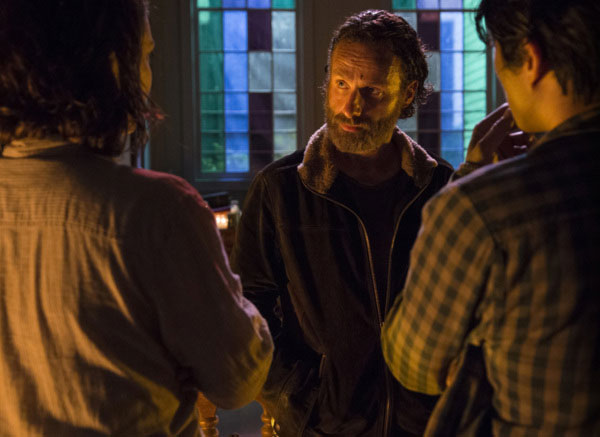 THE WALKING DEAD RECAP AND REVIEW: 'FOUR WALLS AND A ROOF' from Legion of Leia