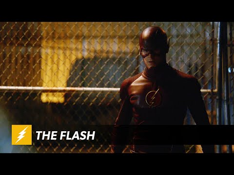 Clip from Tonight's Episode of The Flash. He's Fighting Girder!