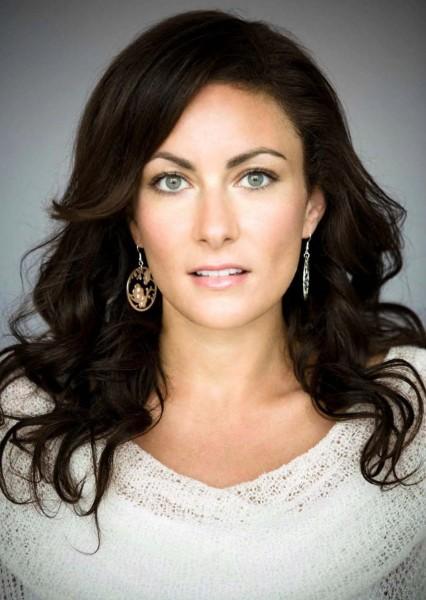 CBS's Supergirl Casts Kara's Mom, Alura Zor-El!