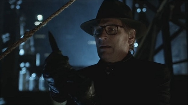 This Interview Reveals How Terrifying the Scarecrow's Dad is in Tonight's Gotham