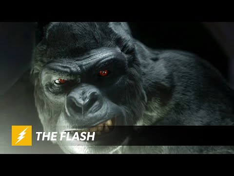 Trailer for the Rest of The Flash Promises More Comic Book Goodness