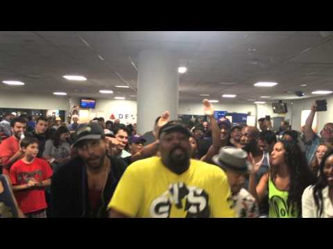 The Broadway Casts Of Disney's The Lion King And Aladdin Square Off At LaGuardia!