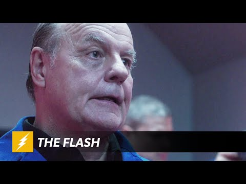Promo for The Flash sees Captain Cold Freezing Barry Allen!