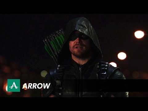 Promo for Next Week's Arrow Promises to… Double Down