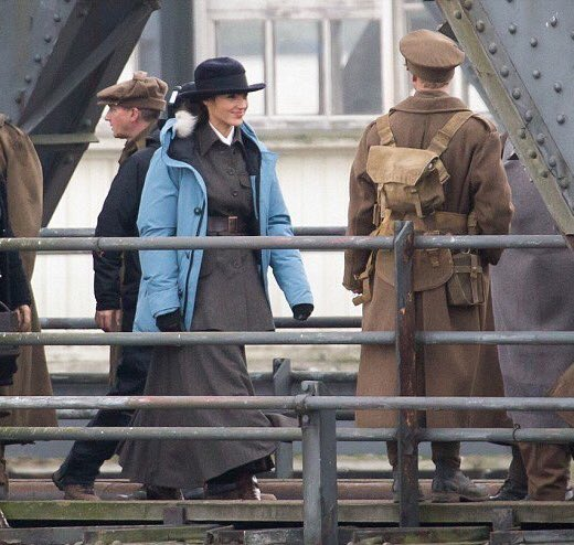 First Set Pics from Wonder Woman!