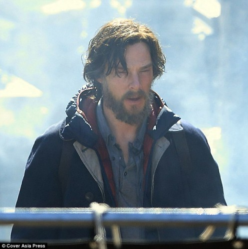 FIRST ON-SET VIDEO FOR DOCTOR STRANGE!