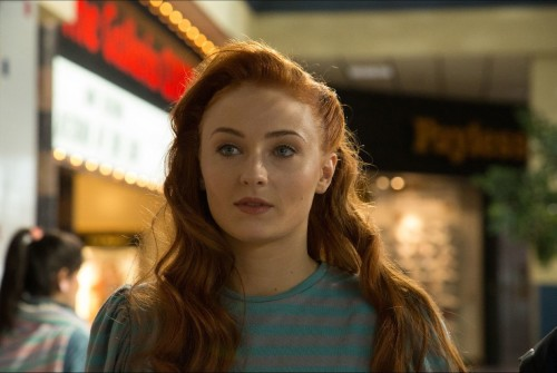 Jean Grey Actress Sophie Turner Defines Her Character as Insecure but Powerful