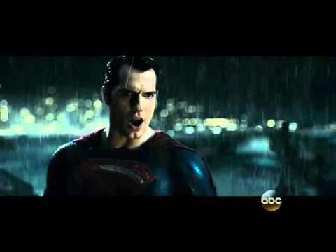 Batman v. Superman: Dawn of Justice Gives Us Our First Sneak Peek at the Rooftop Fight!