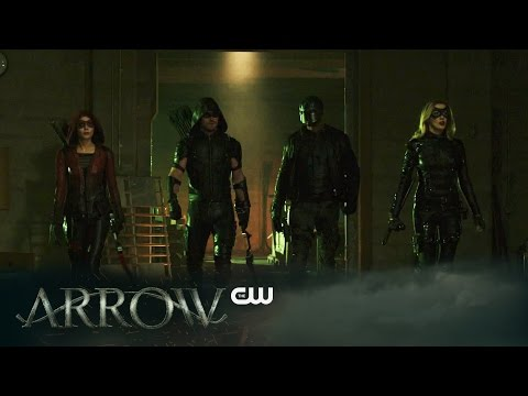 "Arrow ""Eleven-Fifty-Nine"" Sneak Peek Promises the End of an Era!"