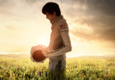 Boy From Mars Meets Girl From Earth in New 'Space Between Us' Trailer