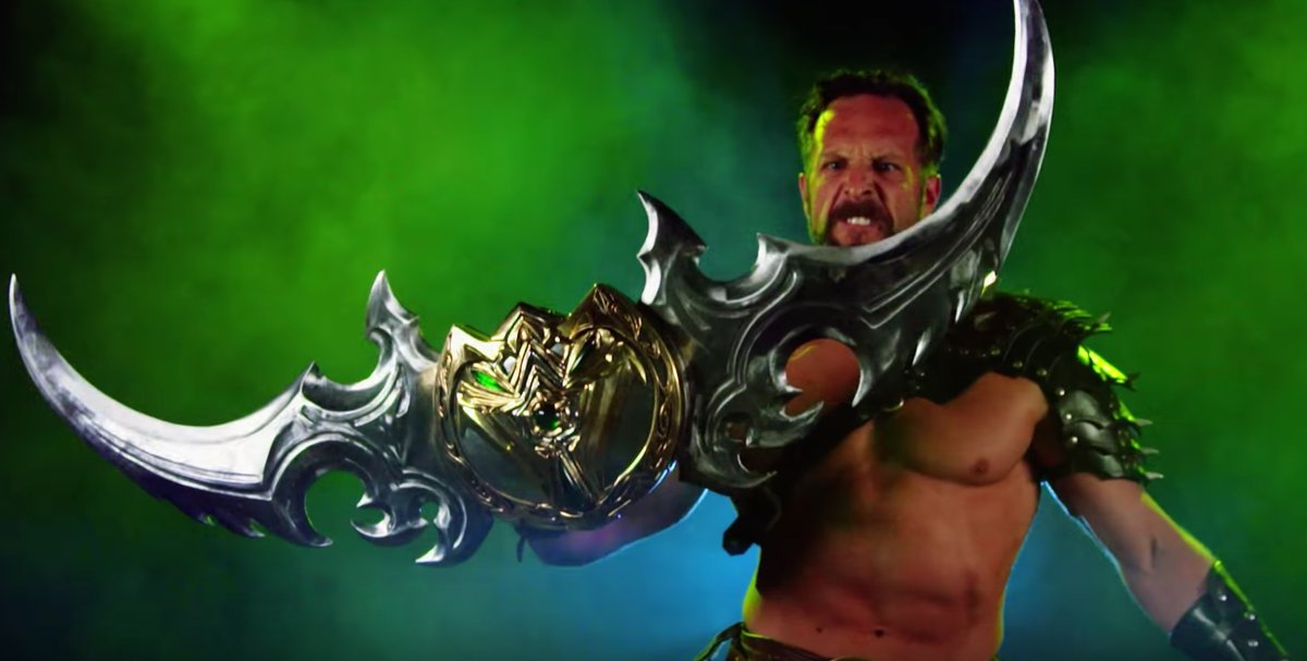 Watch the Creation of a Real Warglaive of Azzinoth