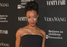 STAR TREK: DISCOVERY Cast THE WALKING DEAD's Sonequa Martin Green as the Lead
