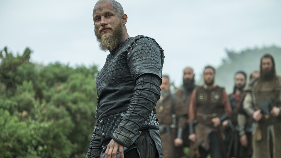 VIKINGS Creator and Travis Fimmel (Ragnar Lothbrok) Comment on [SPOILERS]