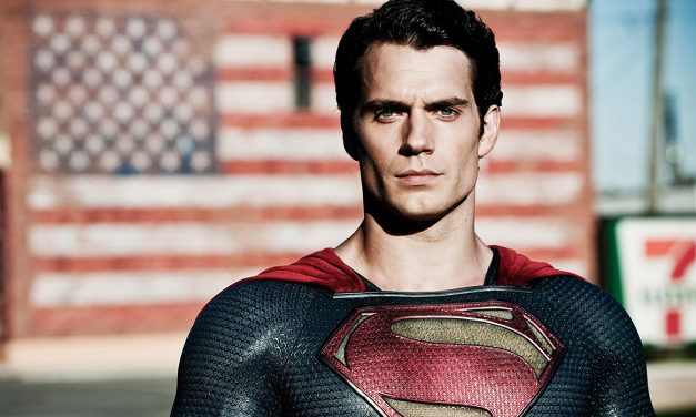 """Henry Cavill Says """"True"""" Superman Coming in JUSTICE LEAGUE"""