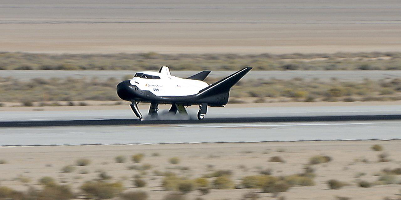 SNC's DREAM CHASER Passes Free-Flight Test