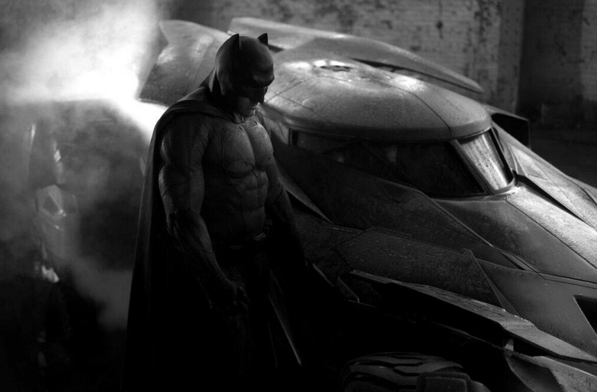 Batmobile!  or Zack Snyder Actually Tweets