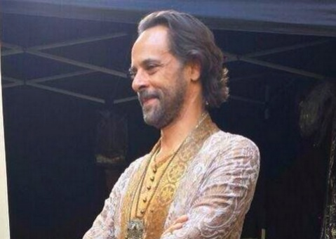 FIRST LOOK AT DR. BASHIR AS DORAN MARTELL IN GAME OF THRONES!