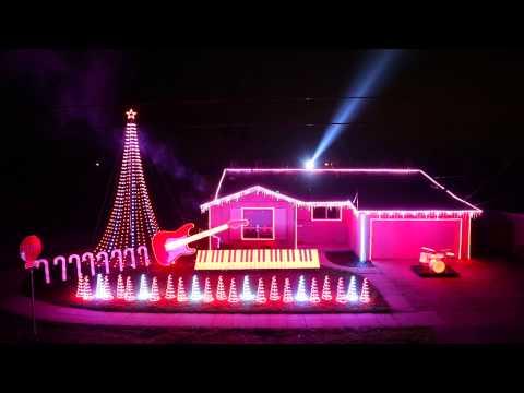 A Star Wars Christmas Light Show!