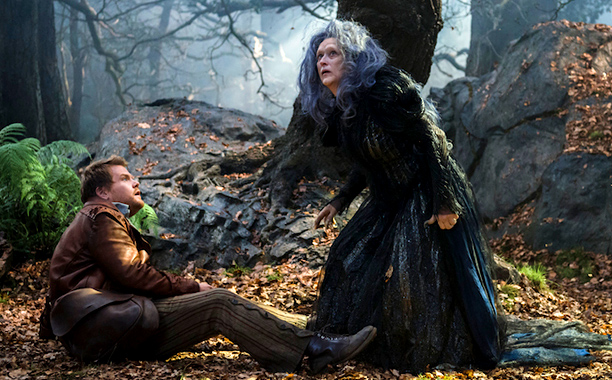 "Listen to Audio Of Chris Pine, Emily Blunt And Meryl Streep Singing From ""Into The Woods"""