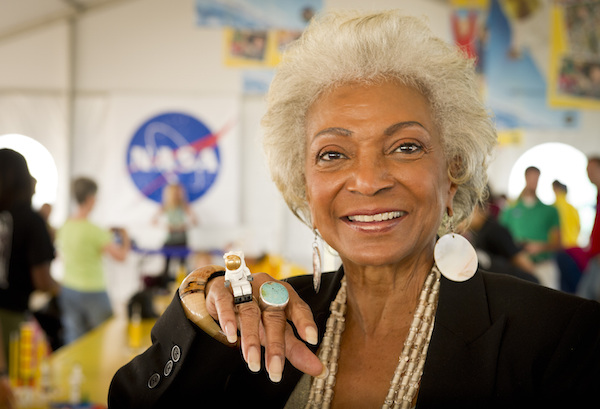 Star Trek's Nichelle Nichols to Fly a Real Mission on NASA's SOFIA Airborne Observatory