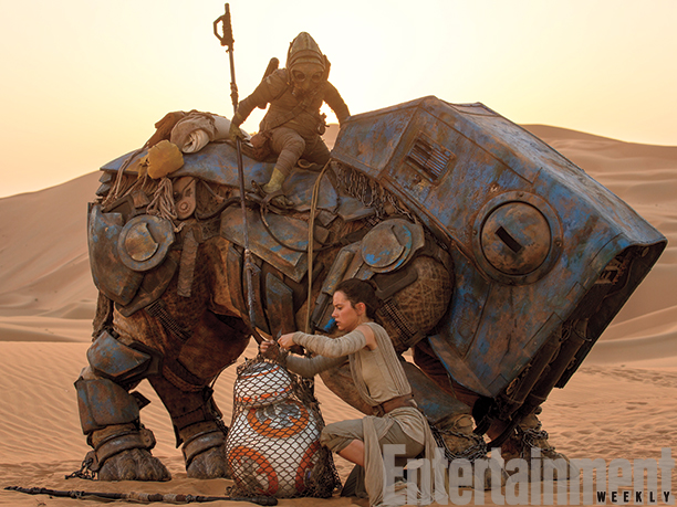 12 New Images from Star Wars: The Force Awakens