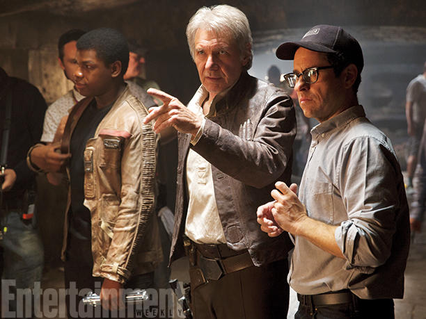 Brand New STUNNING Images Of Star Wars: The Force Awakens From Entertainment Weekly!