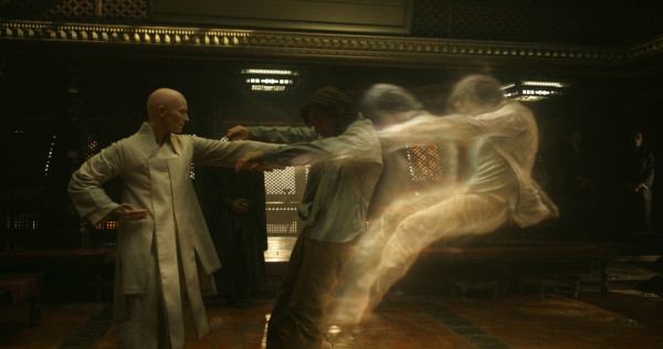 Screenwriter Admits Doctor Strange Teaser Barely Showed Any of the Film!