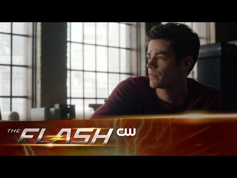 "Sneak Peek at The Flash ""Back to Normal"" Sees Barry Without the Speed Force!"