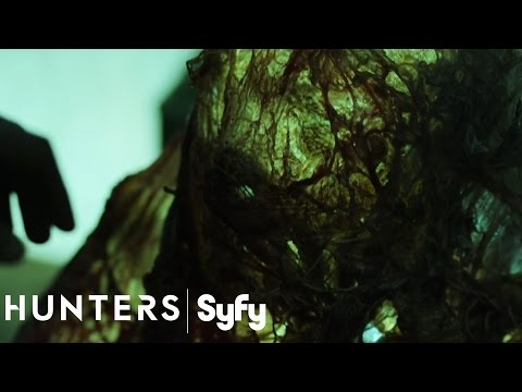 Sneak Peek at Syfy's New Alien Terrorist Thriller 'Hunters' Is Intense and Exciting