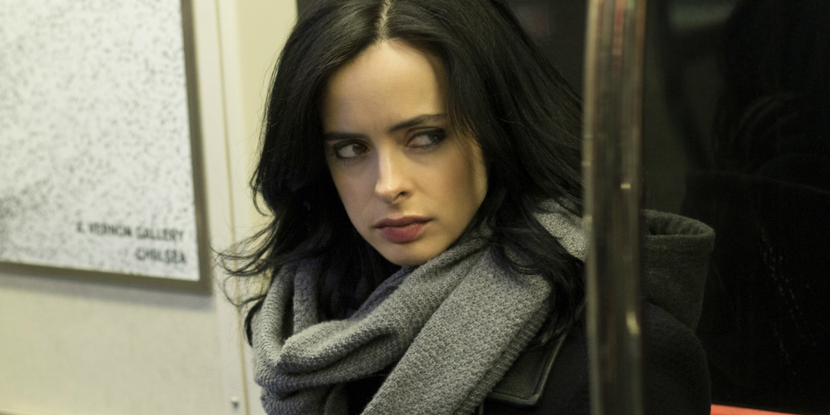 New Pics Show JESSICA JONES Finally Seems to Find Love in Second Season