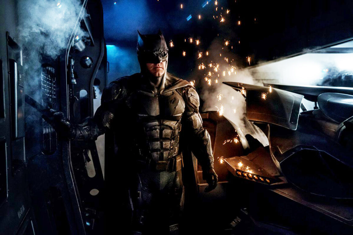 Batman's New Tactical Batsuit for Justice League is Tactically Awesome!