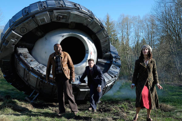 'Timeless' Review for Time Travel Fans (S01E01)