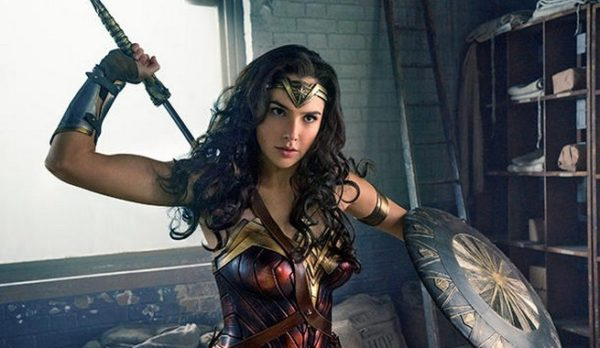 New Photo Reveals WONDER WOMAN Stealing Her Weapon