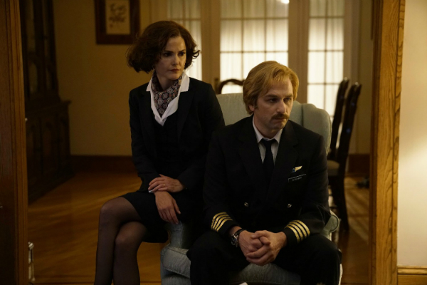 THE AMERICANS Recap: (S05E01) Amber Waves