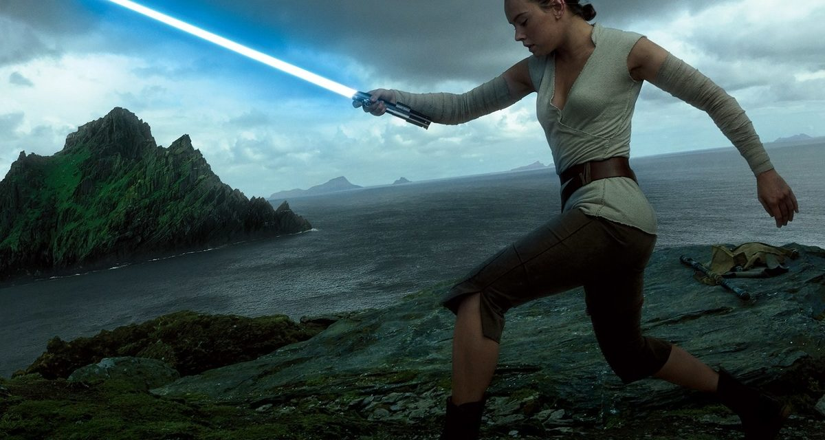 New Characters Revealed in Beautiful STAR WARS: THE LAST JEDI Photos