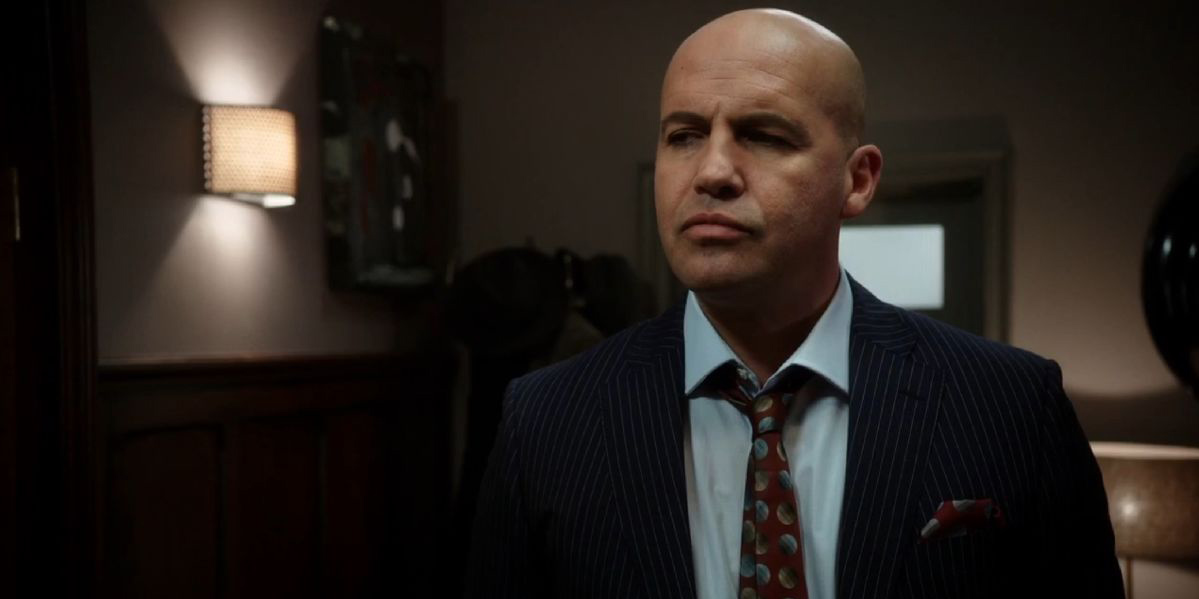 LEGENDS OF TOMORROW Joins the Circus By Casting Billy Zane