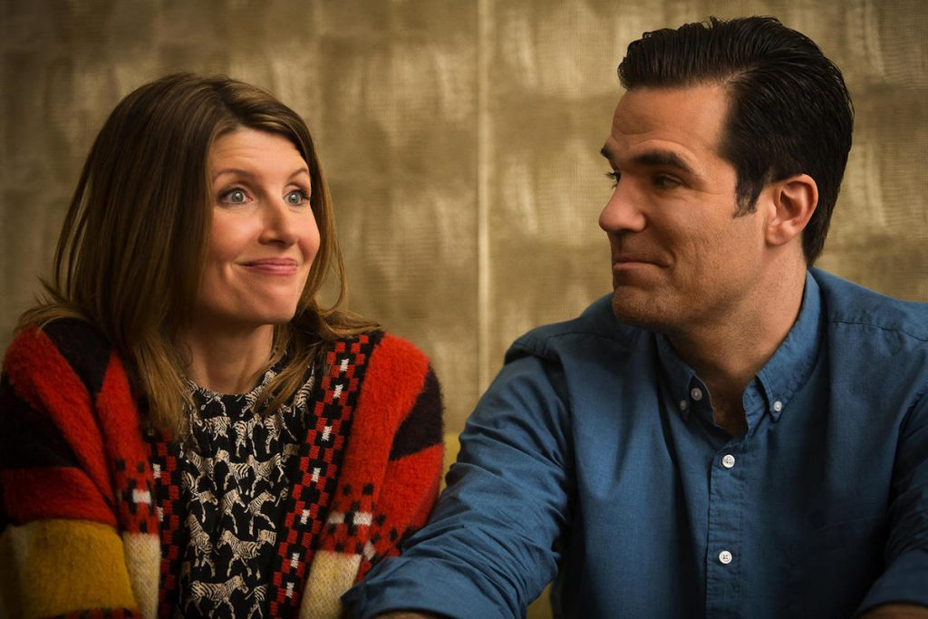 Promotional photo of Sharon Horgan and Rob Delaney for Catastrophe.