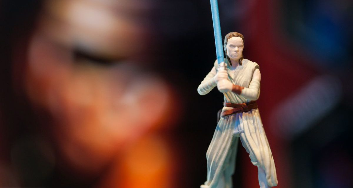 Why We STILL Need the Rey Token In STAR WARS: THE FORCE AWAKENS Monopoly