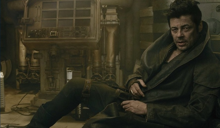 We Learn a Bit More of Benicio Del Toro's DJ in STAR WARS: THE LAST JEDI