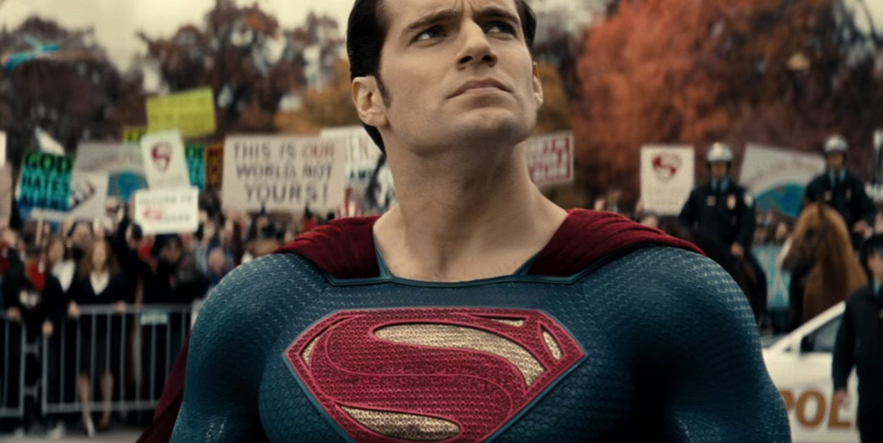 JUSTICE LEAGUE Deleted Scene Shows Us the Superman Suit We Were Waiting For