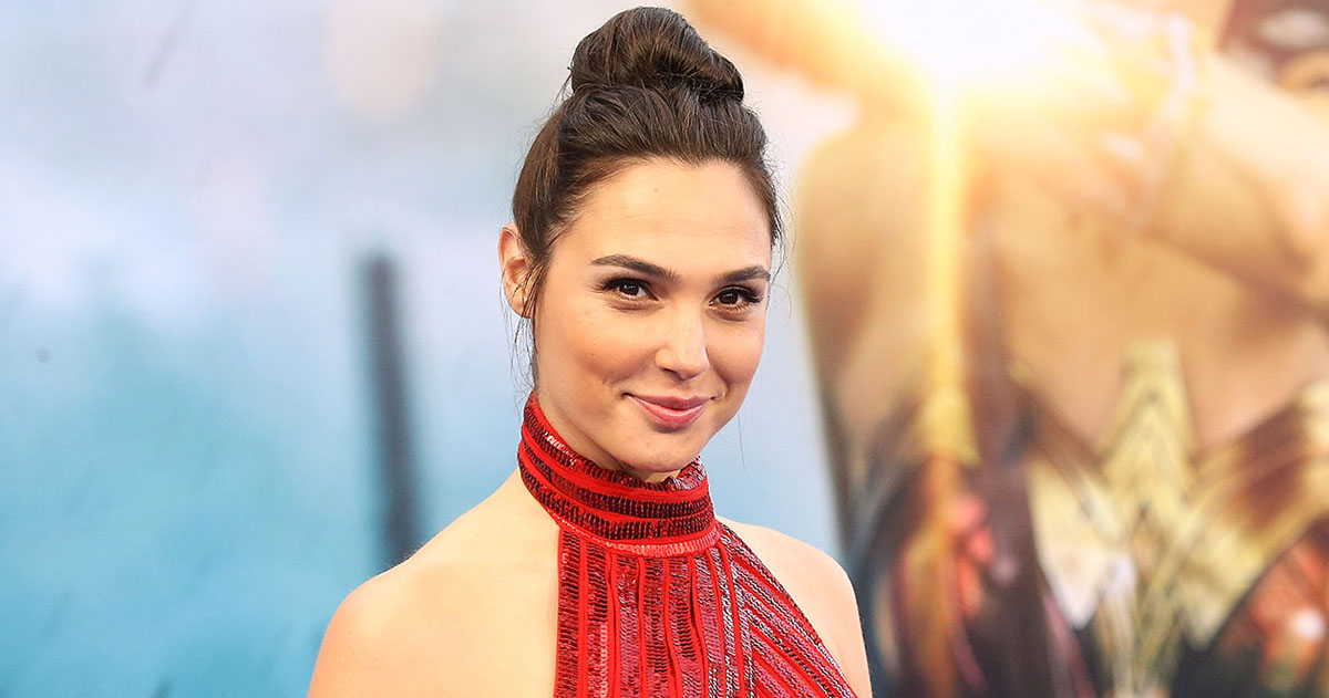 JUSTICE LEAGUE's Gal Gadot Has a Message For Misogynists