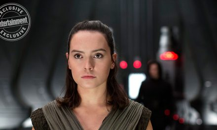 7 New STAR WARS: THE LAST JEDI Images Give Us Plot Details