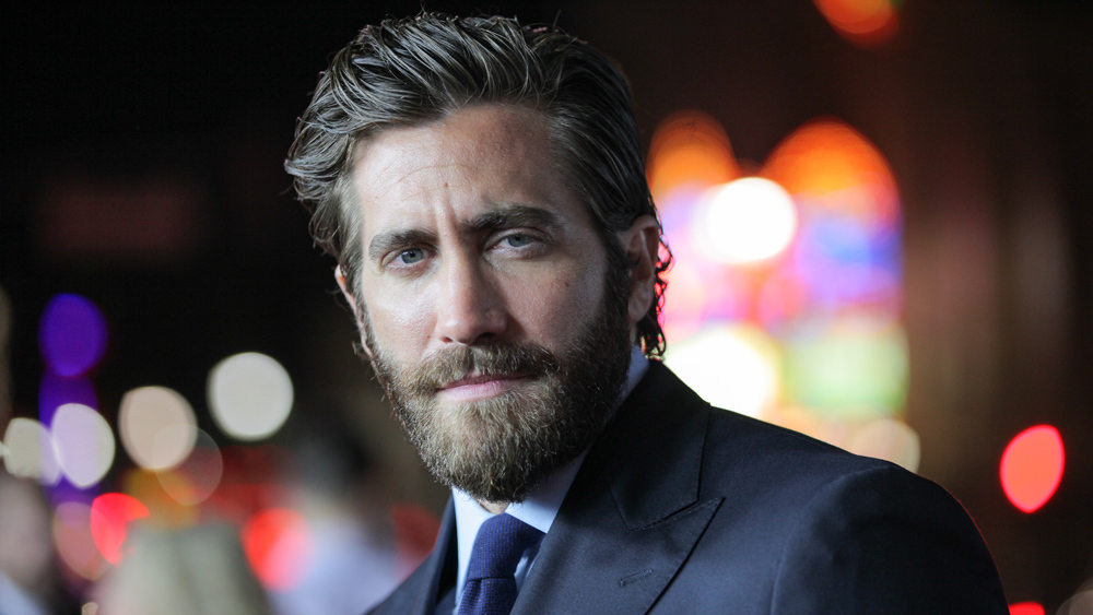 SPIDER-MAN: FAR FROM HOME: Jake Gyllenhaal Confirms He's Mysterio