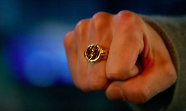 SDCC 2018: Barry Gets His Flash Ring in THE FLASH Season 5 Trailer