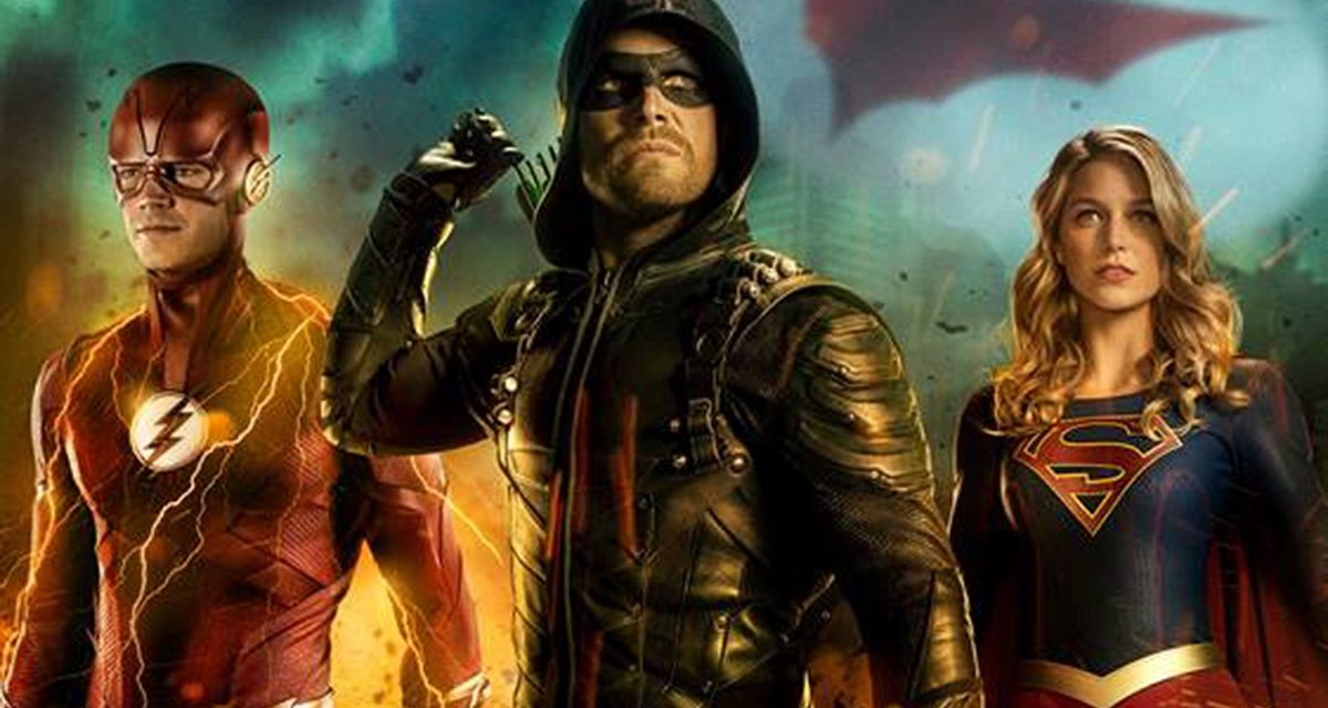 CW CROSSOVER: ARROW'S Stephen Amell Tweets Picture of New Superman Suit