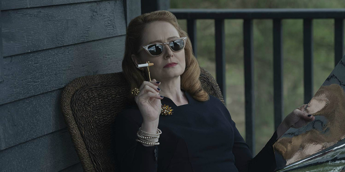 CHILLING ADVENTURES OF SABRINA Series Premiere Recap S01E01 Chapter One October Country Miranda Otto