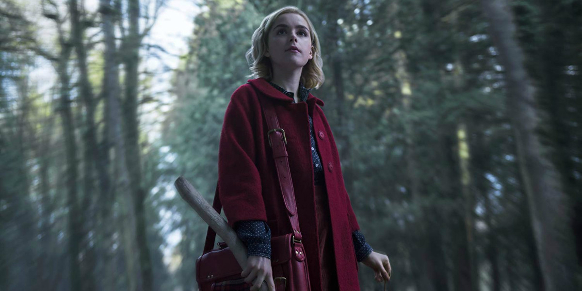 CHILLING ADVENTURES OF SABRINA Series Premiere Recap: (S01E01) Chapter One: October Country