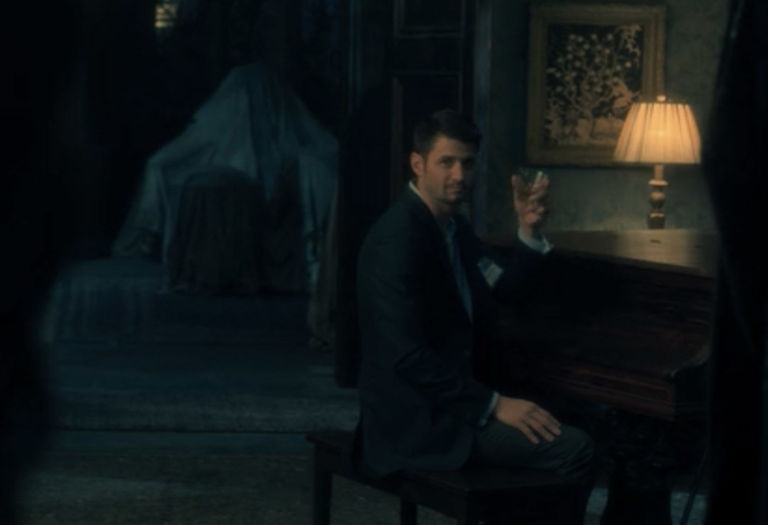 A Guide To The Ghosts In The Haunting Of Hill House
