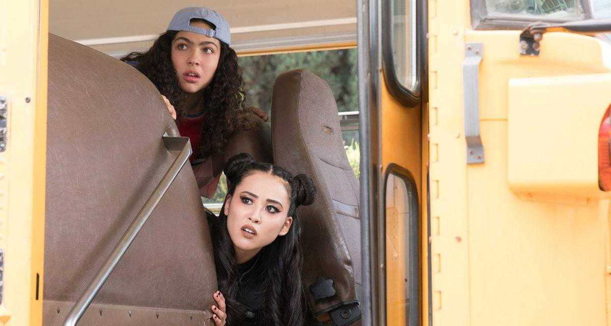 RUNAWAYS Recap: (S02E04) Old School