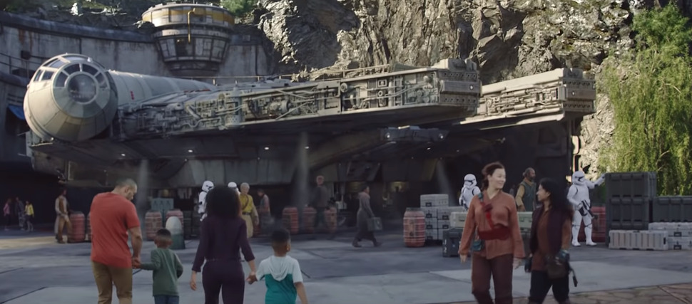 Disney Releases Behind-the-Scenes Video of Disneyland's STAR WARS: Galaxy's Edge